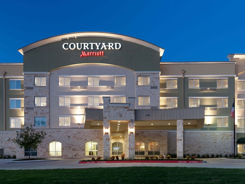 Courtyard Dallas  Plano
